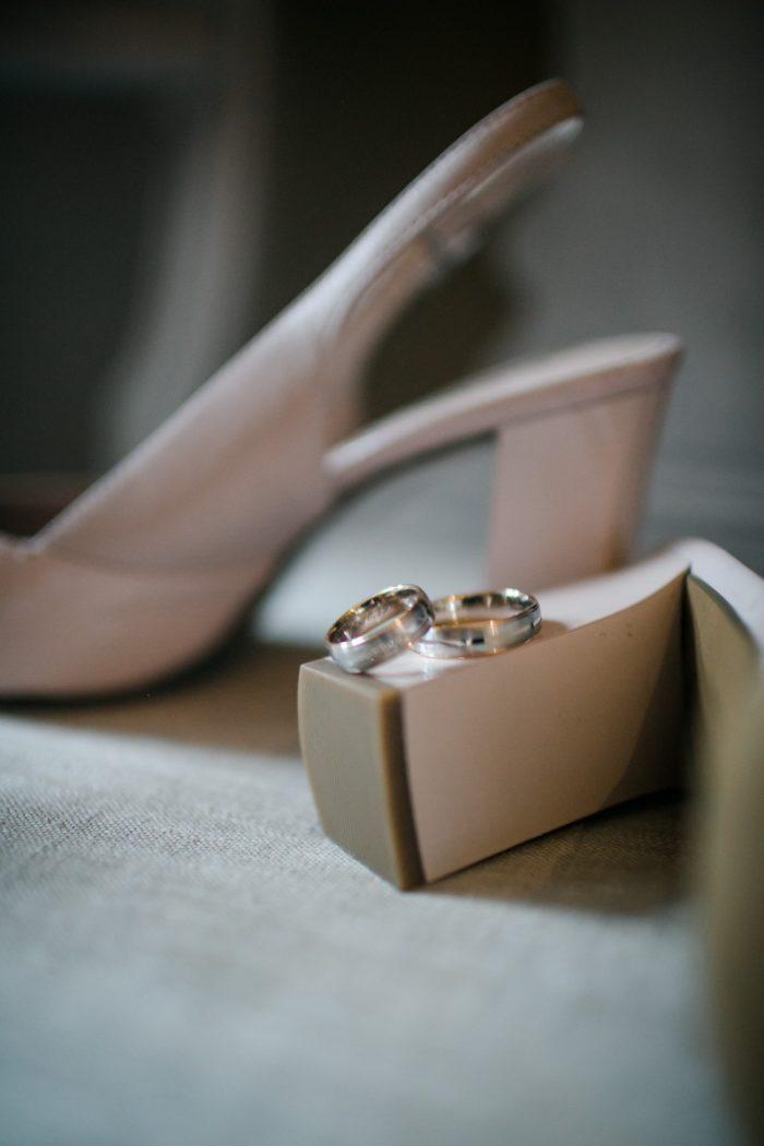 Hochzeitsringe auf einer Hochzeit